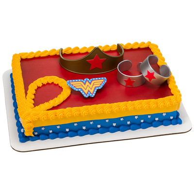 Wonder Woman Cake Decoration Kit